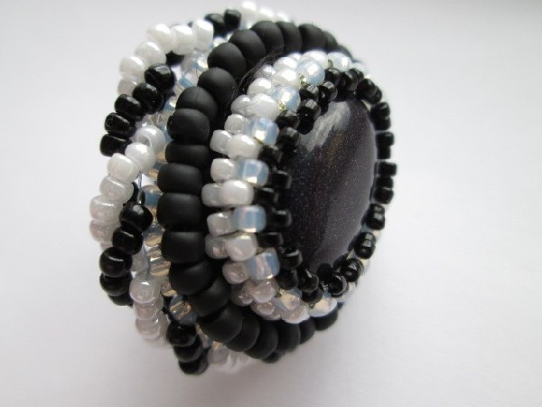 Black or white, pierścionek - 1