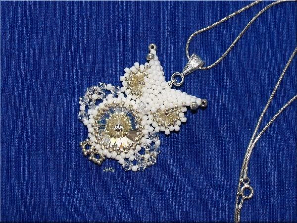 Naszyjnik - sowa z koralików Toho.