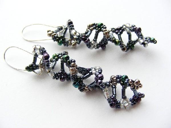 Kolczyki DNA