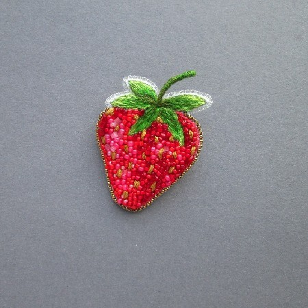 Strawberry, broszka