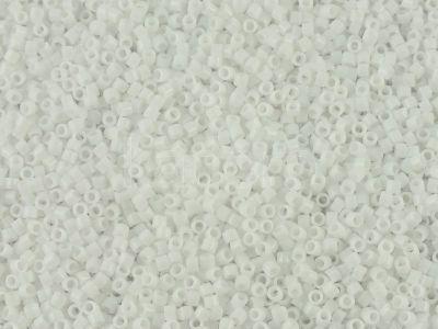 Miyuki Delica DB0200 Opaque White - 5 g