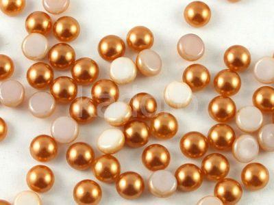 Szklany kaboszon Alabaster Coated Light Copper Pearl koło 5mm - 4 sztuki