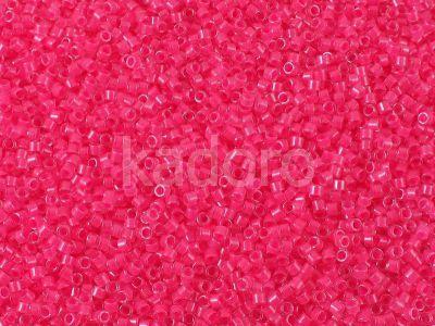 Miyuki Delica DB2035 Luminous Wild Strawberry - 5 g