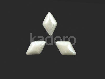 Kaboszon ceramiczny biały perłowy romb 12x7 mm - 8 sztuk