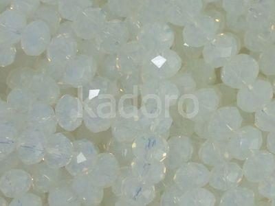 Szklane oponki fasetowane mleczne 6x4 mm - sznur