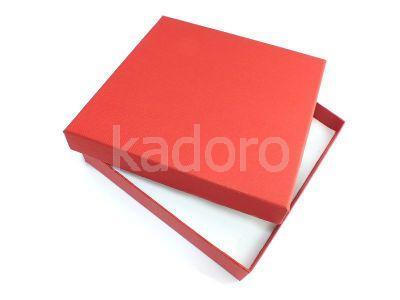 Pudełko z teksturą płótna na komplet czerwone