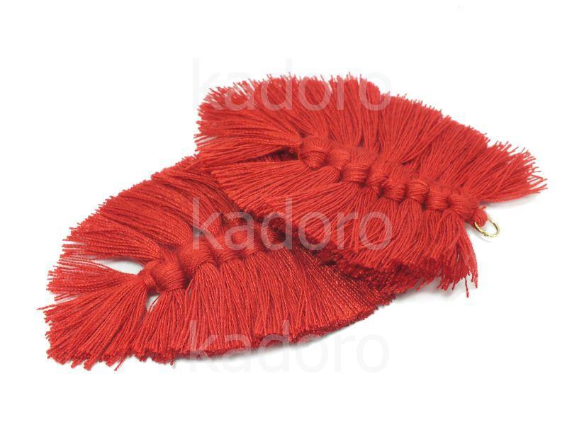 Chwost makramowy czerwony 85x55 mm - 1 sztuka