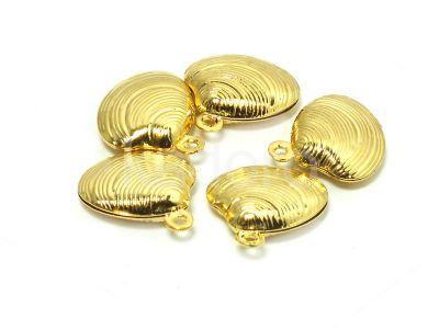Zawieszka stalowa muszelka 14x13 mm złota - 1 sztuka