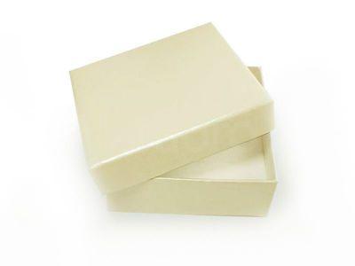 Ozdobne pudełko na biżuterię duże kremowe perłowe