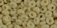TOHO Magatama 4mm-51 Opaque Lt Beige - 10 g