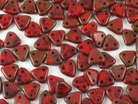 Triangle 6mm Opaque Red Picasso - 5 g