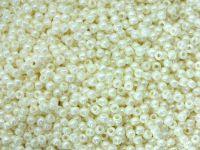 TOHO Round 11o-122 Opaque-Lustered Navajo White - 250 g